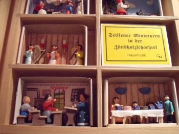 Seiffen Matchbox Miniatures.